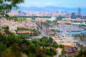 Uitzicht op La Rambla Barcelona vanaf de Montjuïc met tilt-shit diorama effect