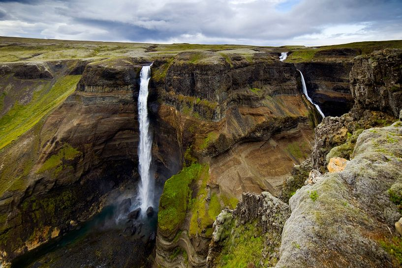 Háifoss te IJsland 2 van Anton de Zeeuw