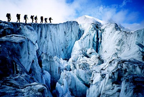 Bergbeklimmers op de Glacier de Moiry van Menno Boermans