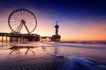 nieuwe reuzenrad op de Pier van Scheveningen  van gaps photography