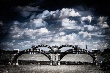 De stuw in de Rijn bij Driel (double exposure) van Eddy Westdijk