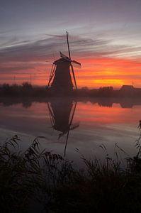 windmolens bij zonsopkomst van Andrea Ooms