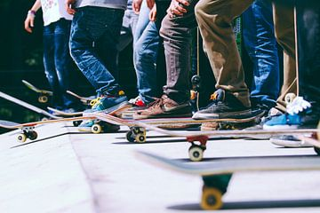 Skateboards op halfpipe van Colin van der Bel