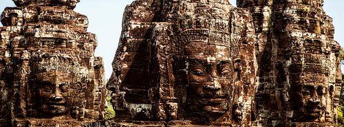 Faces of Angkor van Jaap van Lenthe
