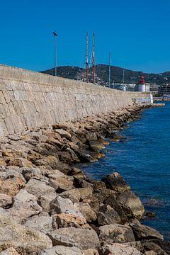 Kaimauer zum Leuchtturm von Ibiza Stadt von Alexander Wolff