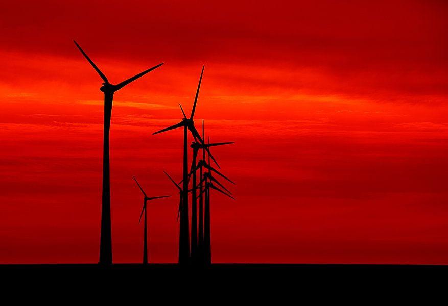 Red sky tonight van Aline van Weert