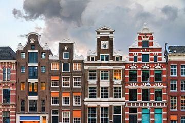 Grachtenpanden Amsterdam van Dennis van de Water