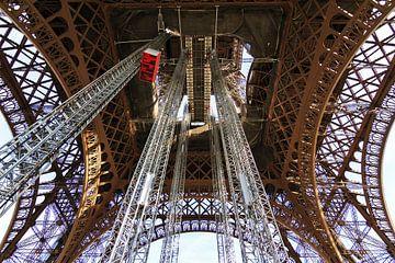 Détail de la Tour Eiffel 3 sur Dennis van de Water
