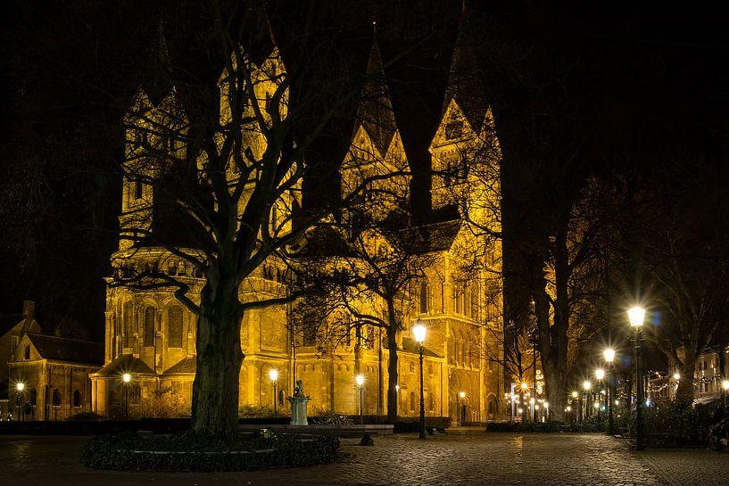 Munsterkerk@night van Marc Crutzen