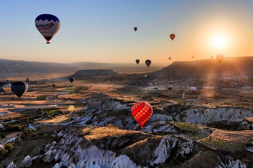 Zonsopkomst in Turkije van Roy Poots