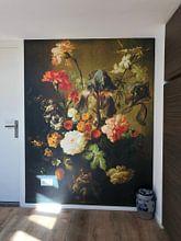 Klantfoto: Bloemenvaas, Volger van Jan van Huysum, op behang