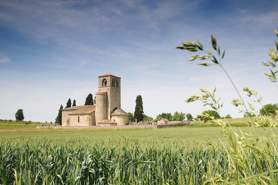 Kerk nabij Mauroux (Frankrijk)