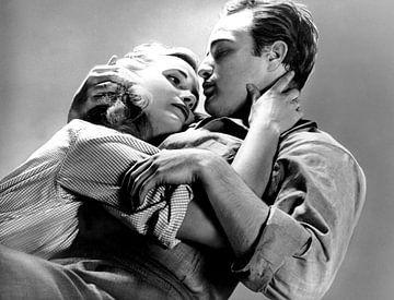Eva Marie Saint und Marlon Brando von Bridgeman Images