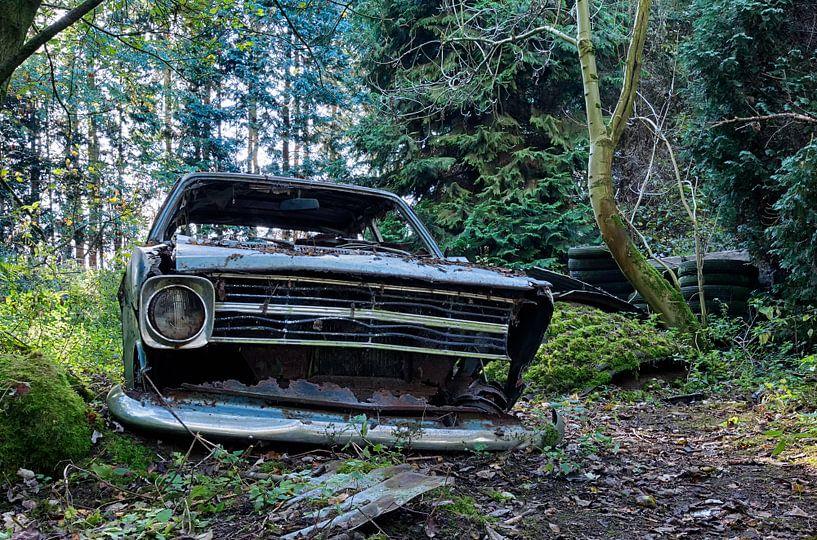 Lost Opel van Maikel Brands