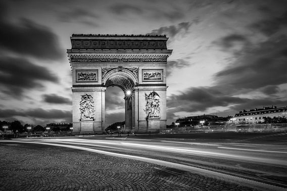 PARIJS arch of triumph   zwart-wit van Melanie Viola
