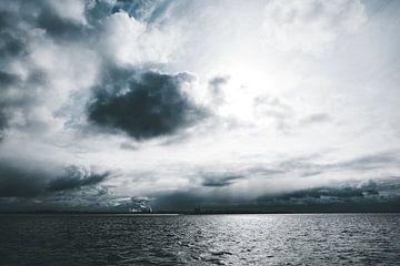 Unwetter über der Elbe