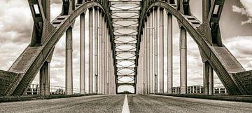 Alte IJsselbrug über die IJssel zwischen Zwolle und Hattem. von Sjoerd van der Wal