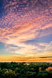 Zonsondergang met mooie lucht