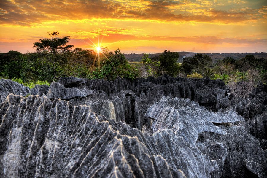Tsingy Madagaskar zonsondergang