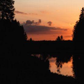 Sonnenuntergang am Mittlerer Grumbacher Teich von Dirk Bartschat