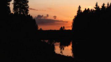 Sonnenuntergang am Mittlerer Grumbacher Teich van Dirk Bartschat