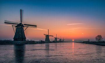 Sonnenaufgang Kinderdijk 5 von Henk Smit