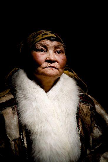 Porträt einer Nenet-Frau
