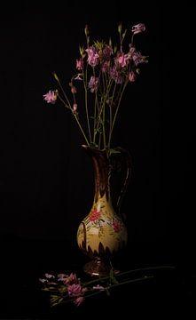 Stilleven met bloemen van Coby Vriens