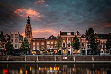 Skyline van Breda tijdens zonsondergang van Jesper Stegers
