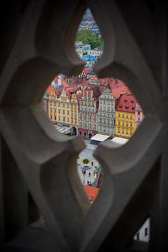 farbige Häuser auf dem berühmten Platz in Breslau von Robin van Maanen