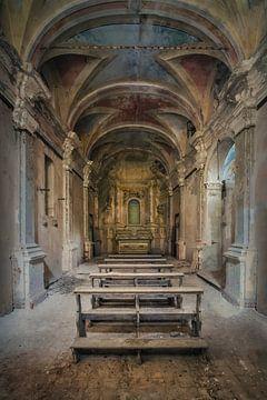 Verlassene Kapelle im Verfall von Frans Nijland