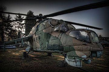 MIL MI-24 HIND Kampfhubschrauber von Eus Driessen