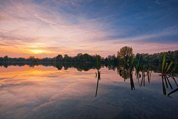 See im Sonnenuntergang von Malte Pott