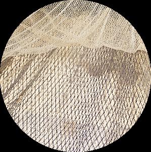 Visnetten drogend in de wind pano van Michel Seelen