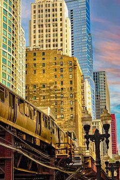 Hochhaus Fassaden  mit U-Bahn Zug im Chicago Loop downtown  USA von Dieter Walther