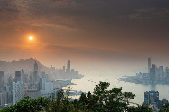 Zonsondergang over Victoria Harbour Hong Kong