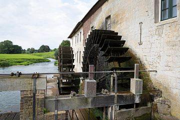 Watermolen aan de Geul in Gulpen, Noord-Limburg van Ger Beekes