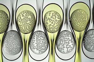 Carbonated liquids in plastic spoons