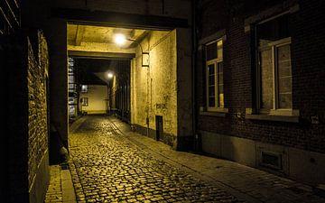 Straatje - Leuven van Maurice Weststrate