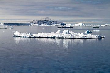 Antarktische Landschaft von Angelika Stern