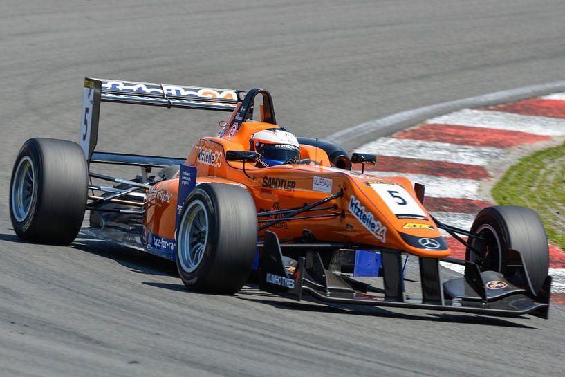 Formula 3 race auto van Sjoerd van der Wal