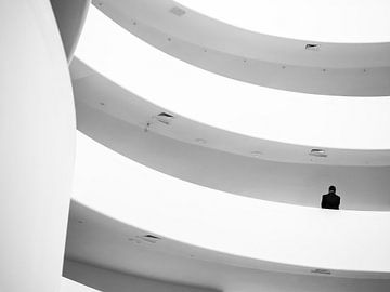 Guggenheim Museum New York (schwarz-weiß) von Rutger van Loo