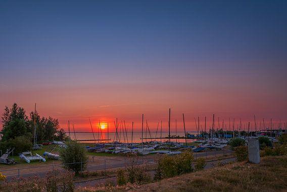 Zonsondergang catamaranstrandje