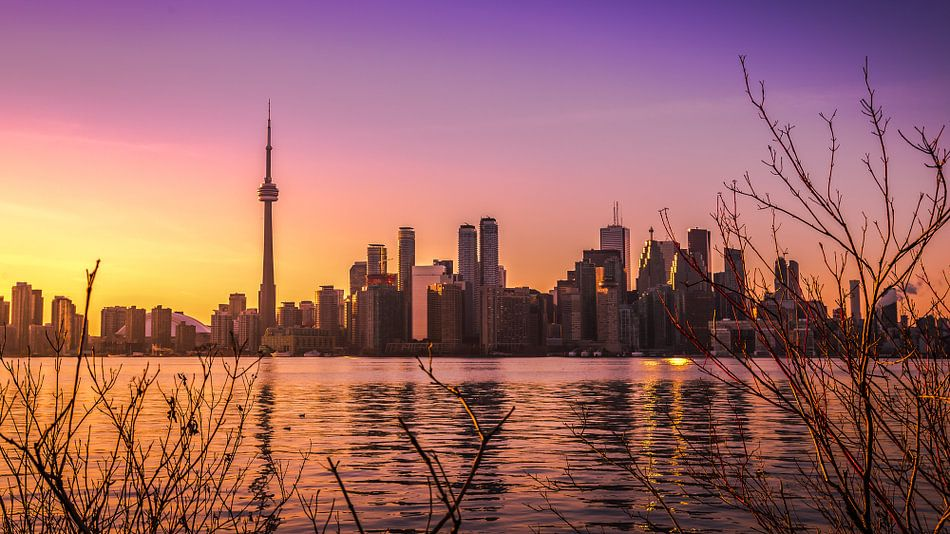 Toronto sunset skyline van Yannick Karnas