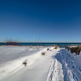Mer Baltique, dunes enneigées sur la plage de Juliusruh, Rügen sur GH Foto & Artdesign