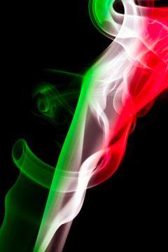 Italiaanse vlag verwerkt in rook van Gert Hilbink