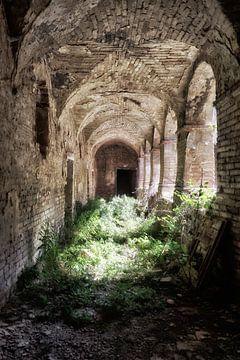 Verlassenes Kloster 2 von Kirsten Scholten
