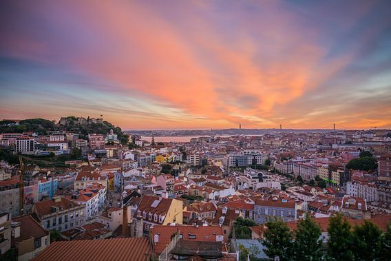 Zonsondergang in Lissabon van Jeroen de Jongh