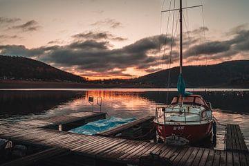Sonnenaufgang am Edersee von Arnold Maisner