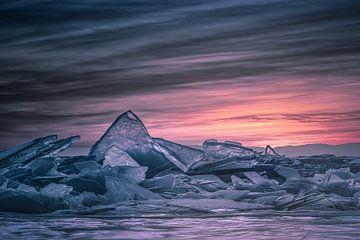 Toros Baikalmeer van Peter Poppe